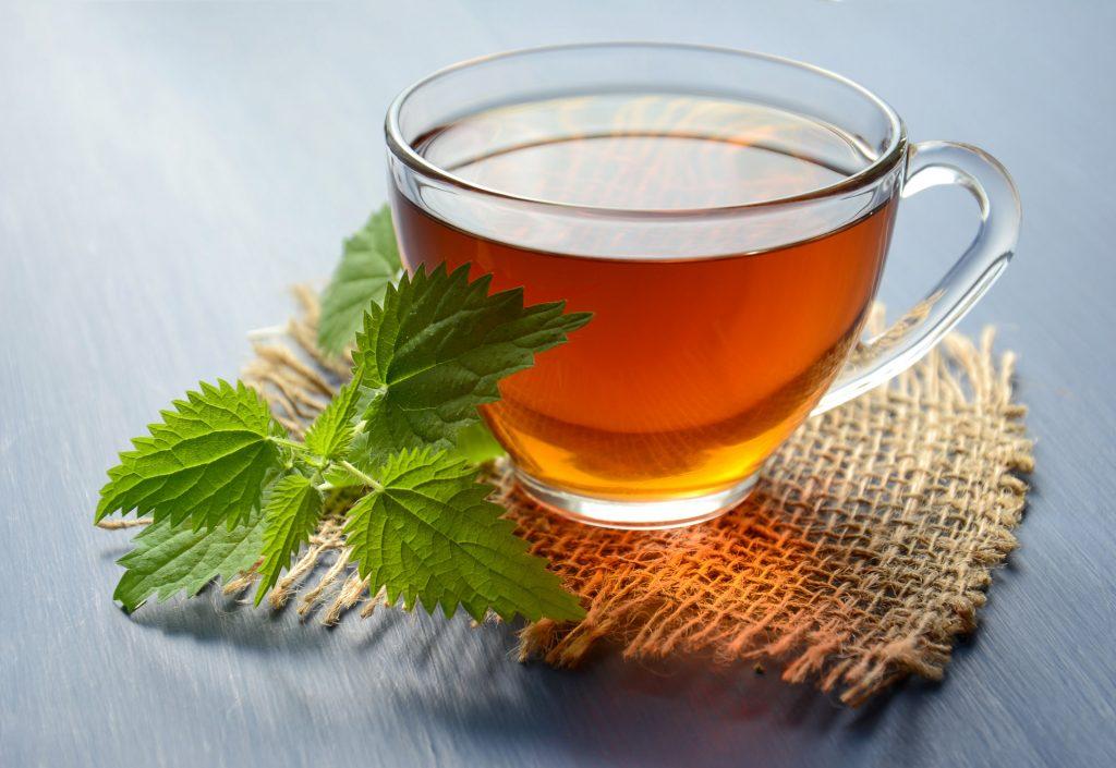Herbatka z pokrzywy - najskuteczniejsza do pielęgnacji włosów